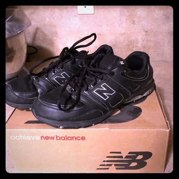 new balance true balance new balance womens all black sneakers